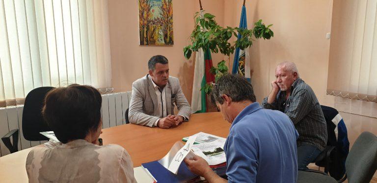 Мащабна реконструкция връща блясъка на Дондуковата градина