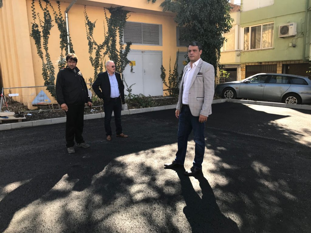 """До дни е готов новият паркинг на ул. """"Каменица"""""""