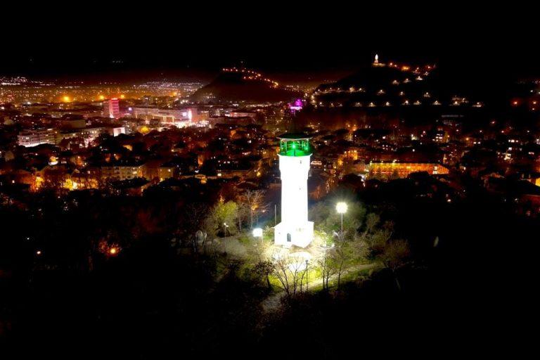 """Район """"Централен"""" отбелязва Деня на Земята с почистване на Данов хълм"""